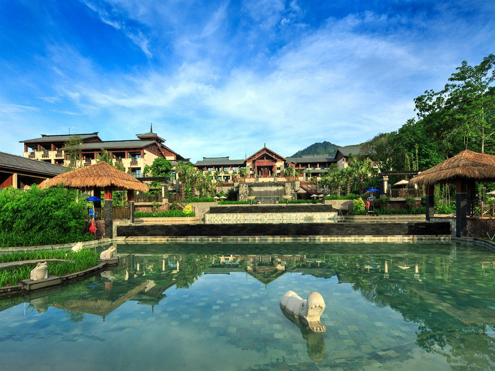 Отель Double Tree Resort by Hilton Hotel Hainan - Qixianling Hot Spring